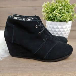 Toms Wedge Booties Black Suede Lace Up